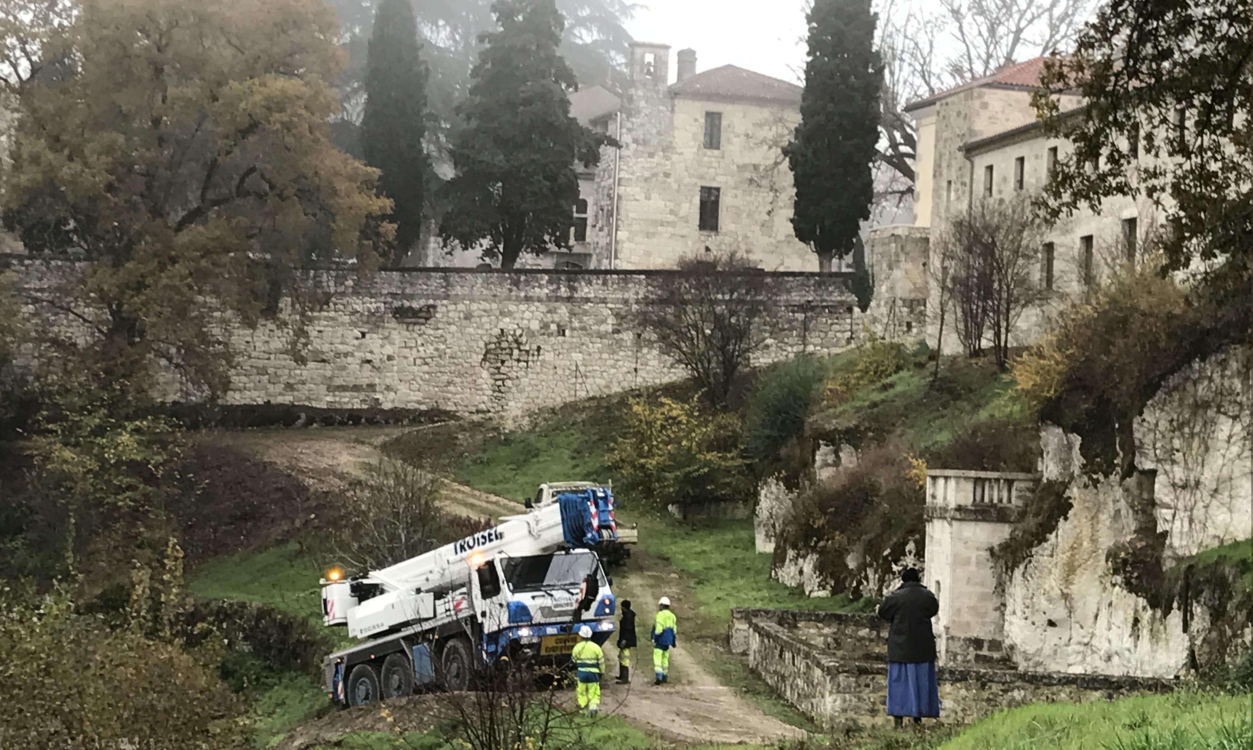 Projekt Kloster in Frankreich Umgebung